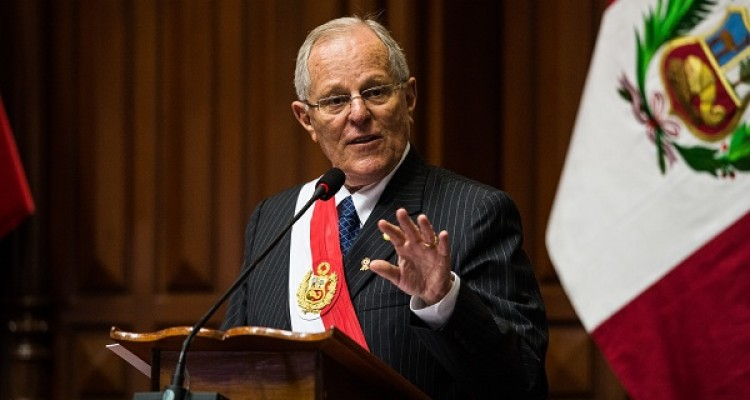 (FILES) In this file photo taken on July 28, 2017 Peru's President Pedro Pablo Kuczynski delievers a speech during Independence Day celebration, at the National Congress in Lima on July, 28, 2017. Peru's Congress on March 15, 2018 began discussing a motion to impeach President Kuczynski over alleged bribe-taking from Brazilian construction giant Odebrecht. / AFP PHOTO / Ernesto BENAVIDES