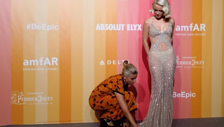 Milan (Italy), 22/09/2018.- Zara Larsson arrives at the amfAR charity dinner during the Milan Fashion Week, in Milan, Italy, 22 September 2018. (Moda, Italia) EFE/EPA/MATTEO BAZZI